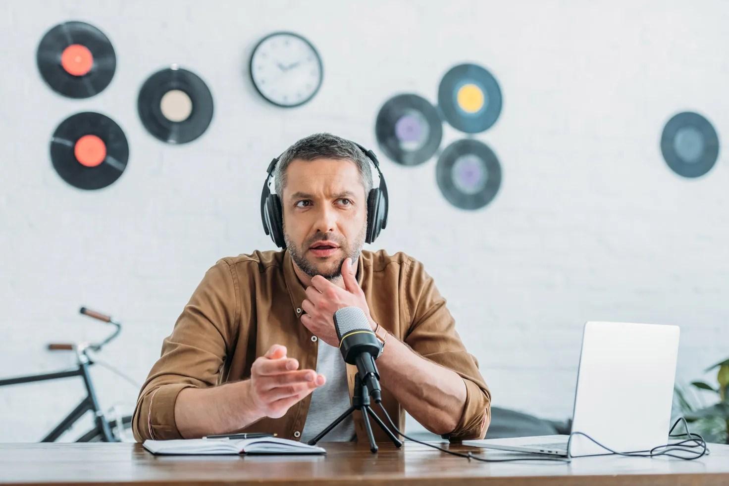 Prepara los ingredientes clave para producción de podcast