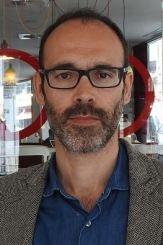 escritor Gabi Martínez