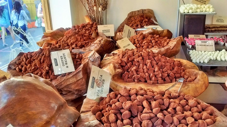 booja booja and dark sugars chocolates