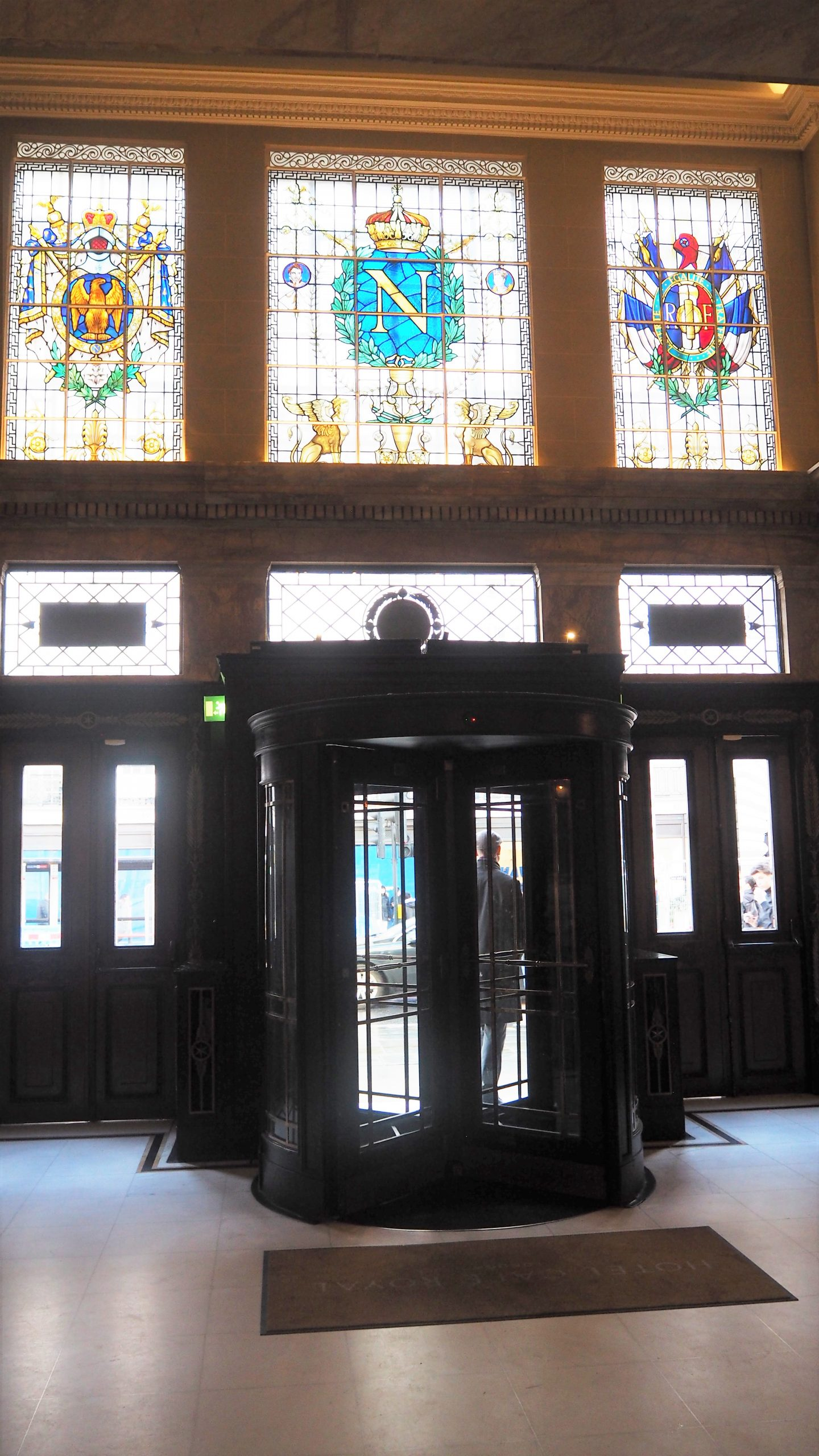 revolving doors of hotel cafe royal