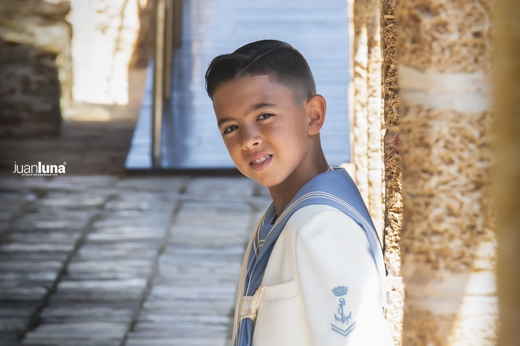 Fotografía de Comunión. Reportaje fotográfico de Comunión de Abraham en Cádiz.
