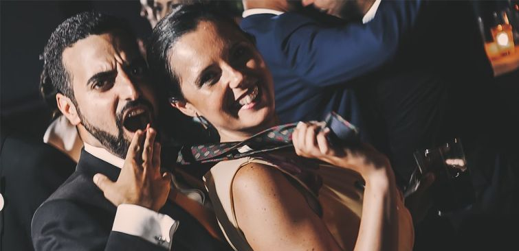 barra libre en celabracion boda irene y pablo. Fotógrafo de Bodas en Cádiz. Comunión y Eventos. Estilo fresco, con alto contenido emocional. Convierte tus recuerdos en únicos. Tu Fotógrafo de Bodas