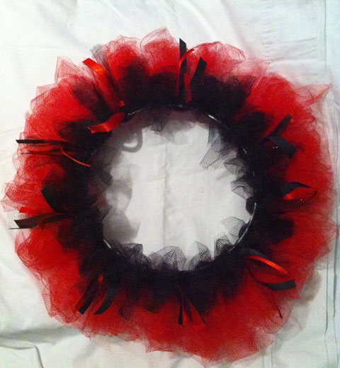 do it yourself halloween wreath juanofwords la_anjel anjelica cazares