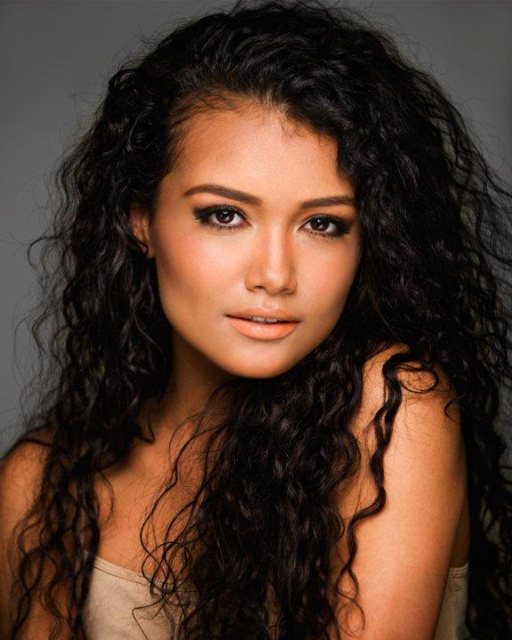 The Other Latina on Facebook: Jamila Velazquez