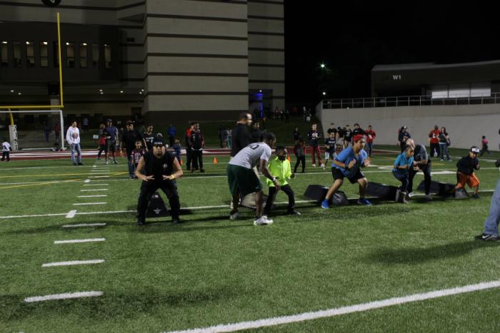 For Super Bowl LI in Houston the NFL hosts Play Football Family Festival - #LetsPlayFootball #NosUne #ad