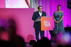 Bringing home the Tecla for Best Blogger Content Creator 2018