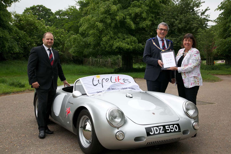 Jubillee Lodge helping Lifelites Charity