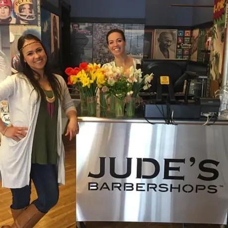 Judes-Barbershop-Grandville-Flowers