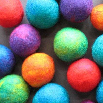 felt+balls