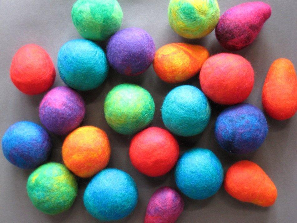 felted balls