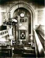 Innenraum der Emmendinger Synagoge vor der Renovierung 1922/23