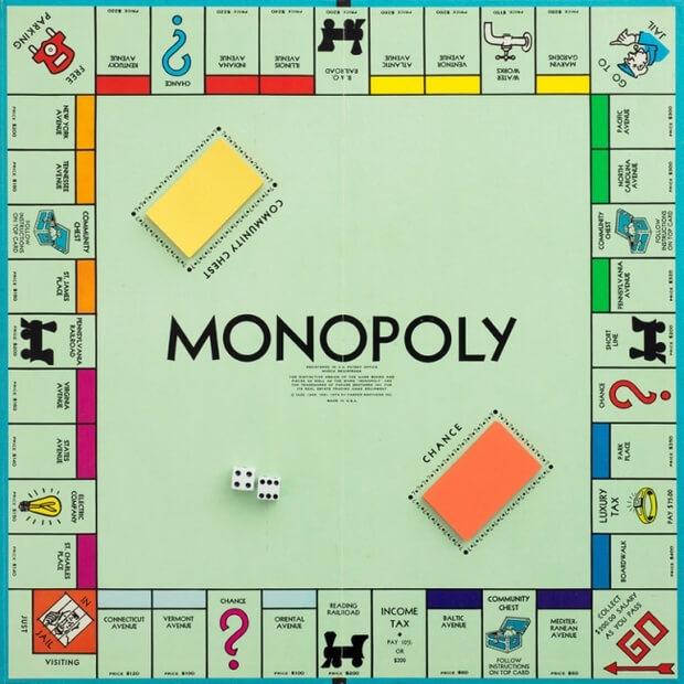 Monopoly - Los 5 Juegos de Mesa Mas Populares en Chile
