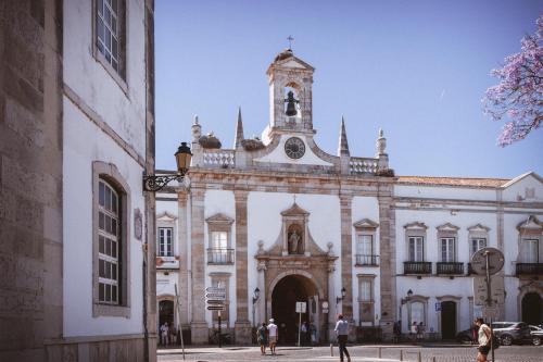 Arco Vila, Faro