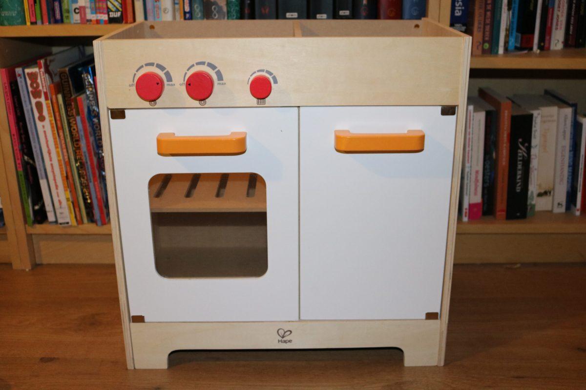 Hape houten keuken in elkaar zetten