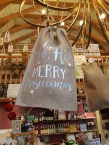 Hessian sacks idea for Prosecco or Gin gifts