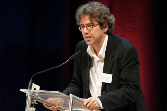 Andres Veiel bedankt sich für die Verleihung des Preises