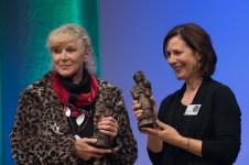 Pam Muñoz Ryan und Anne Braun, die Preisträgerinnen in der Sparte Kinderbuch || © Foto: Ulf Cronenberg