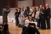 Der abschließende Fototermin mit Preisträgern und Jurymitgliedern || © Foto: Ulf Cronenberg