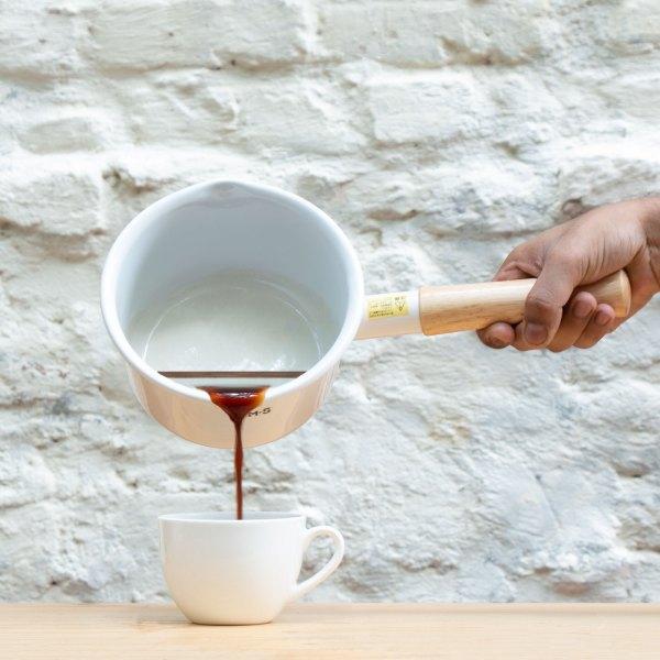 Fujihoro White Sauce Pan with wooden handle by Jugmug Thela