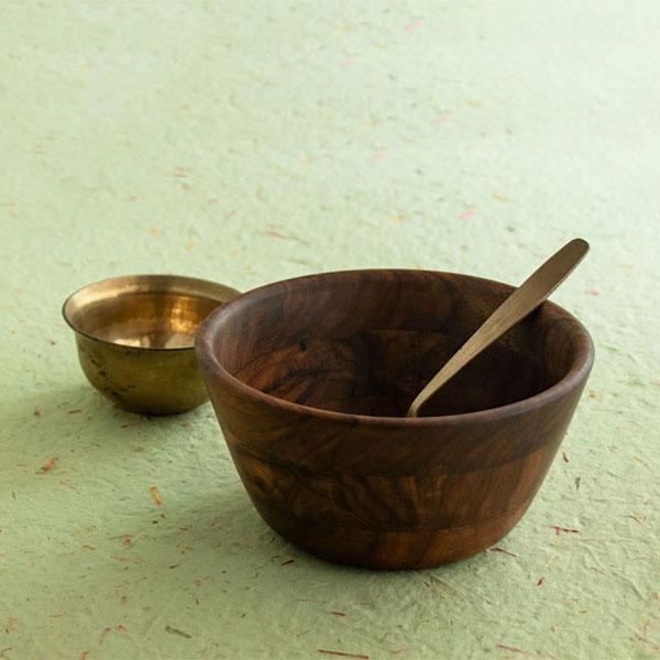 Dona---Serving-Bowl-in-Sheesham-Wood-(Medium)-Jugmug-Tela