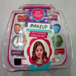 Mini Bolso Con Maquillaje