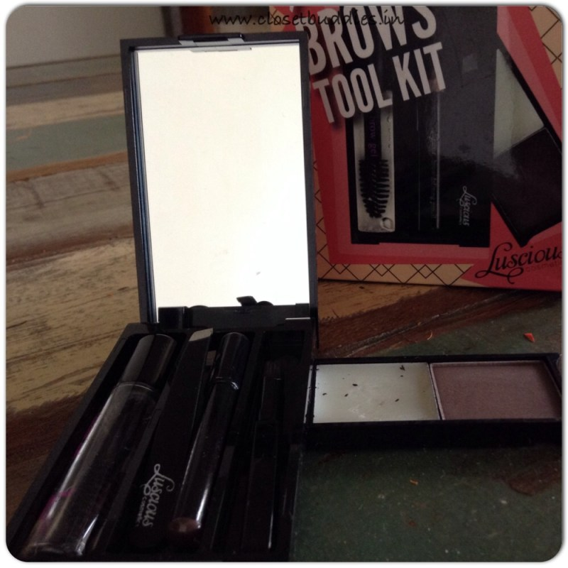 The Perfect Brows Tool Kit: comes with a mini tweezer, brow brush, wax, brown powder, pencil and clear mascara