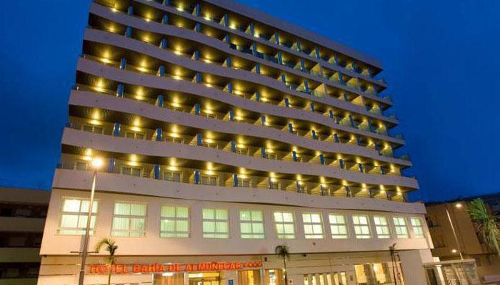 Consecuencias legales de estafa hotelera en España.