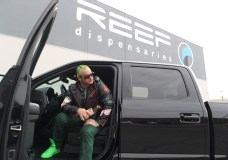 RiFF RaFF – Lamborghini Leg Lock (Video)