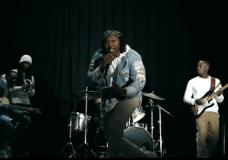 Noochie Feat. Fùnsho – Something, Something (Video)