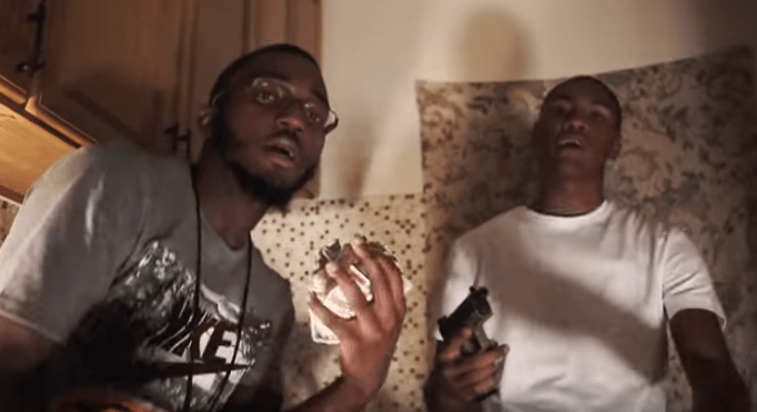 """3M Lonie Feat. Yung Peso – """"Catch A Play"""" (Video)"""