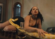 Elle Varner Feat. Wale – Pour Me (Video)