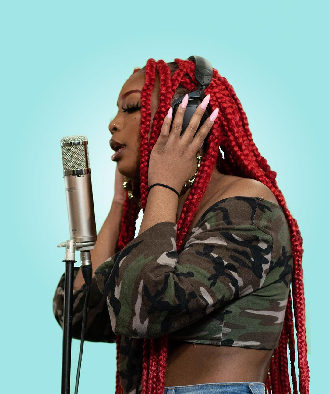 Chelly The MC & Adé – AMPD Freestyles (Video)