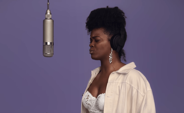 Ari Lennox Performs 'I Been' for 'COLORS'