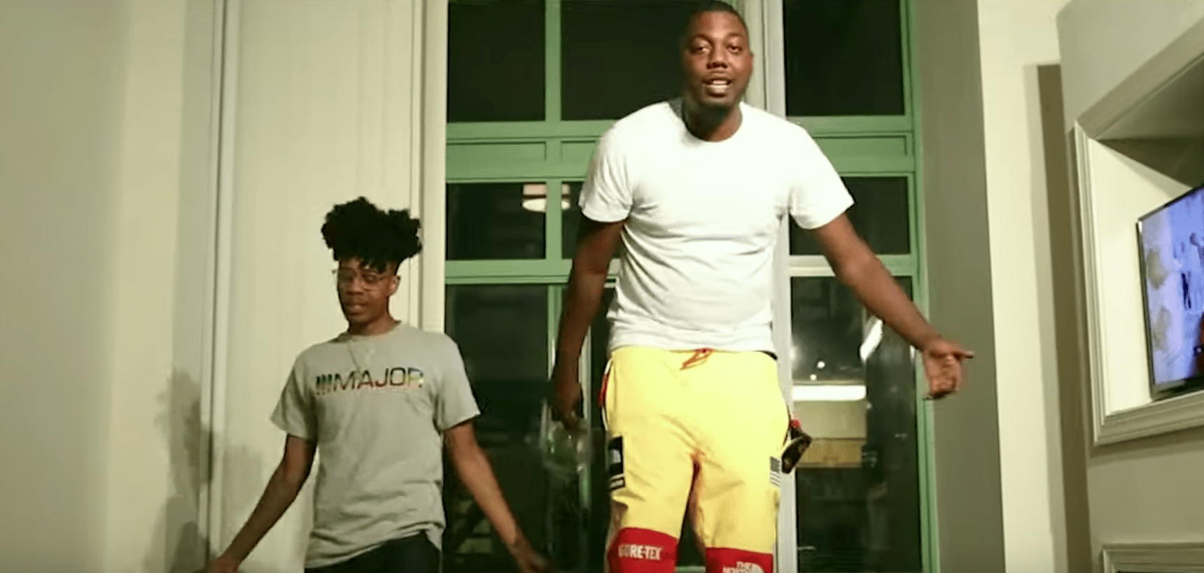"Cornell Jones Feat. Lightshow – ""New B***h"" (Video)"