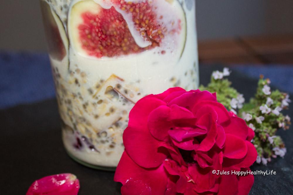 chia-pudding-mit-selbstgemachter-mandelmilch