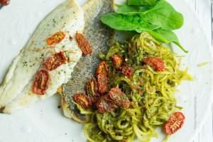 Doradenfilets von Fische Schmidt mit Steckrüben Spaghetti - Jules HappyHealthyLife