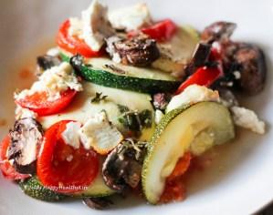 Schneller Gemüseauflauf mit Feta und vielen Kräutern