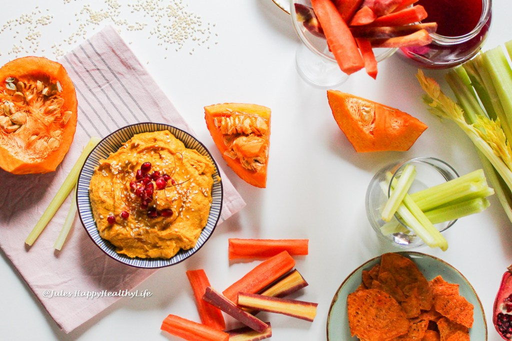 Curry pumpkin hummus is delicious and healthy