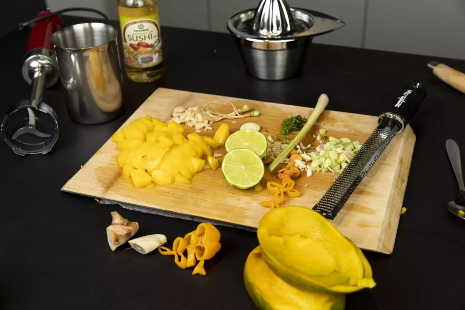 Zutaten Mango Sauce, Foto (c) Julian Kutos