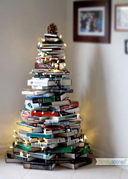 Árbol de Navidad con libros