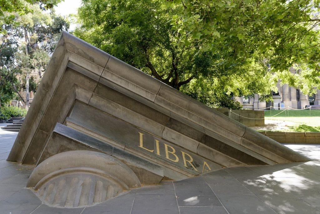 Architectural Fragment. Escultura Library de Petrus Spronk