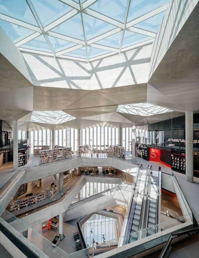 Biblioteca Deichman Bjørvika - Foto de Einar Aslaksen 2