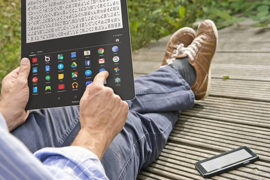 Blitab tablet personas deficiencia visual