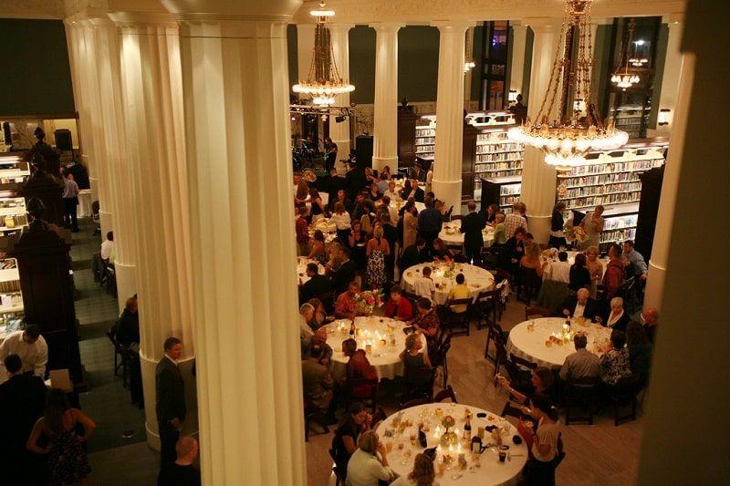 En la Biblioteca Pública Central de Kansas City también es posible celebrar bodas