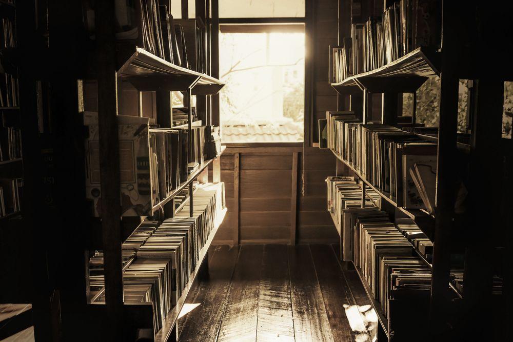 25 fotografías vintage de bibliotecas y sus profesionales