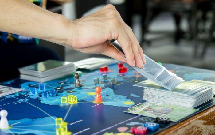 Juegos de mesa relacionados con los libros, la literatura, la Historia y las bibliotecas