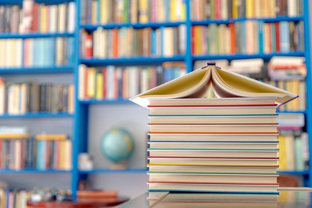 Las bibliotecas escuchan las voces de las personas que se han quedado huérfanas de bibliotecas, libros y lectura