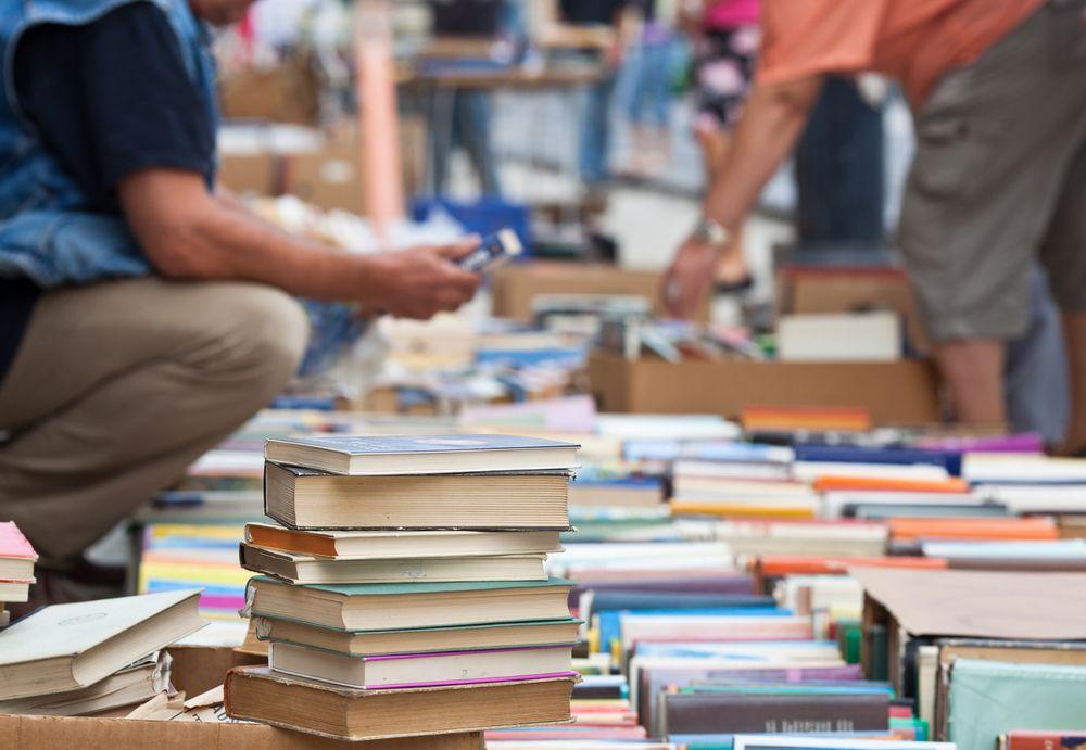 10 formas de dar salida a los libros que tienes en casa y que ya no puedes seguir guardando
