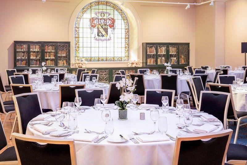 Preparativos para boda en la Biblioteca Estatal de Nueva Gales del Sur