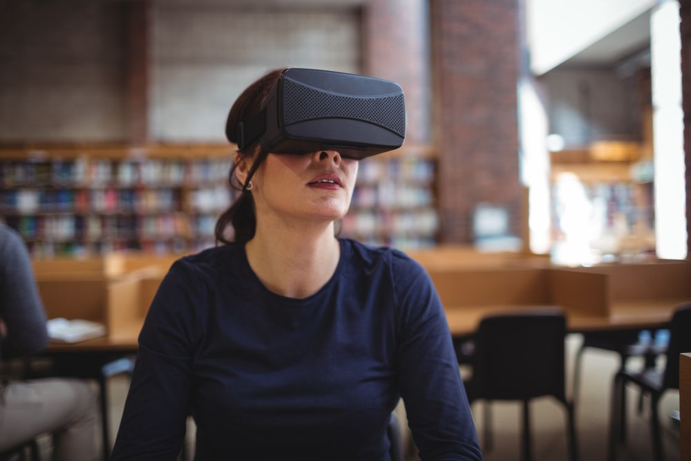 Si eres un amante de bibliotecas y tecnología no te puedes perder estos vídeos en 360º